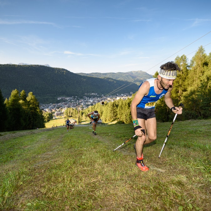 Aprica vertical race 2020