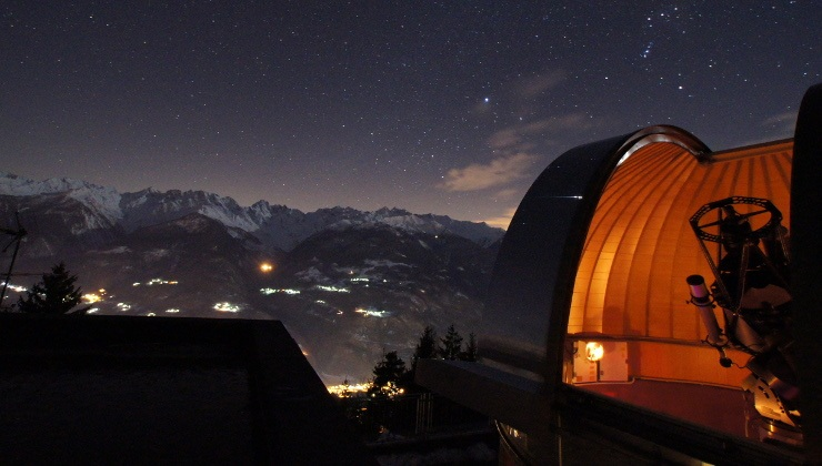 L'Osservatorio Astronomico Piazzi si trova in loc. San Bernardo, nel comune di Ponte in Valtellina e organizza visite guidate anche per scolaresche