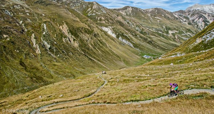 Il single trail che scende alla Cheseira di Federia
