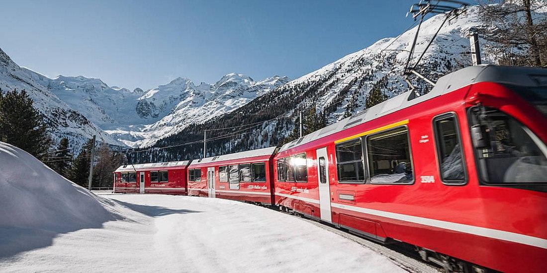 Da Tirano a St. Moritz: il Trenino Rosso del Bernina, patrimonio mondiale dell'Umanità UNESCO, collega la Valtellina con l'Engadina