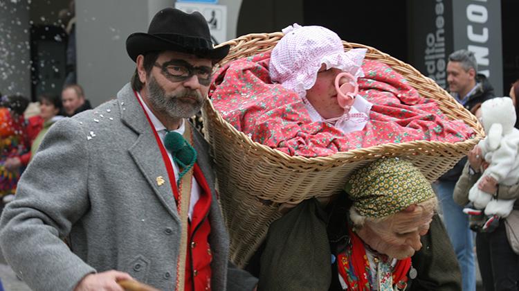 Il Carnevale in Valtellina: allegorie e maschere alpine