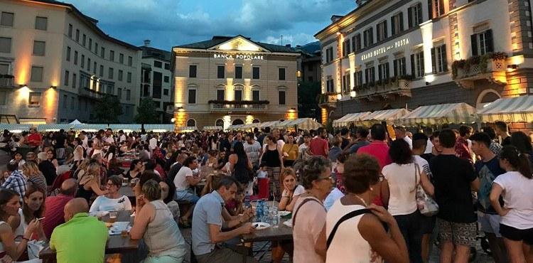 """I giovedì sera dal 21 giugno al 2 agosto 2018 appuntamento con """"Sondrio è... estate"""", con visite guidate, street food, bancarelle, concerti e molto altro"""