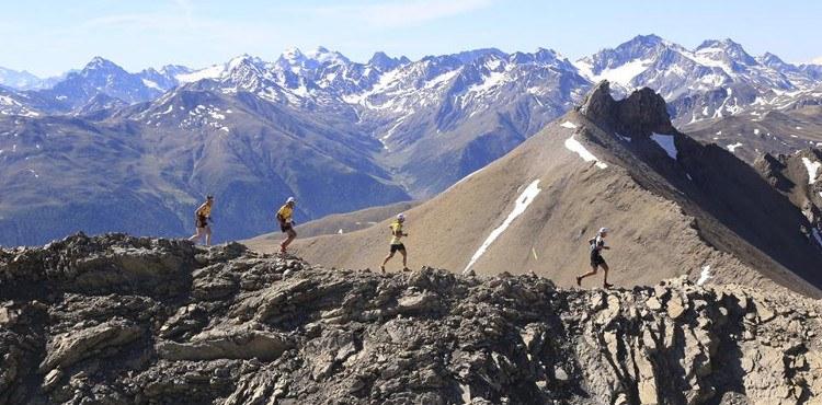 La Livigno Skymarathon si svolge in un ambiente selvaggio, al confine con la Svizzera e con passaggi in cresta esposti
