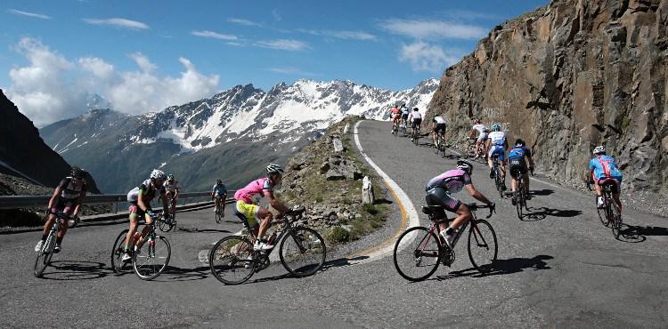 Domenica 24 giugno 2018, appuntamento con la 14^ Granfondo Gavia Mortirolo: 170 km per un dislivello complessivo di 4200 metri