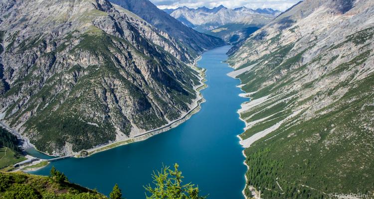 Panorama verso il Lago di Livigno dalla cima del Crap de la Parè