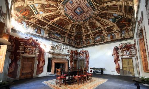 Tra i tesori artistici di Tirano, il Palazzo Salis, antica residenza nobiliare