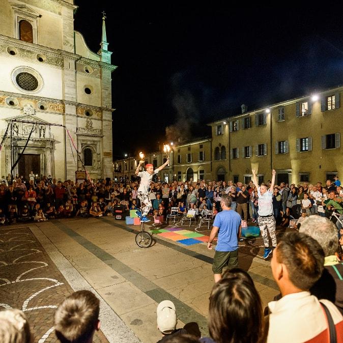 Magico Crocevia - Festival Artisti di Strada